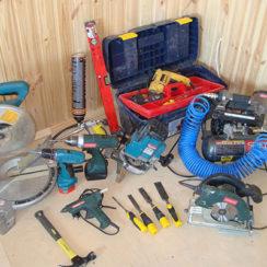 Инструменты для установки межкомнатных дверей