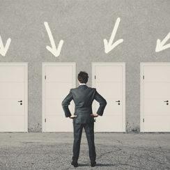 Выбор компании по продаже дверей