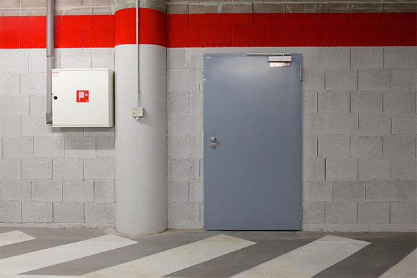 Металлические технические двери