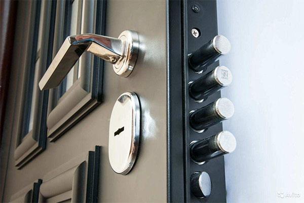 Надежные металлические двери