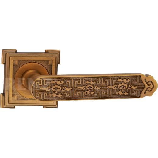 Дверная ручка «Афина»