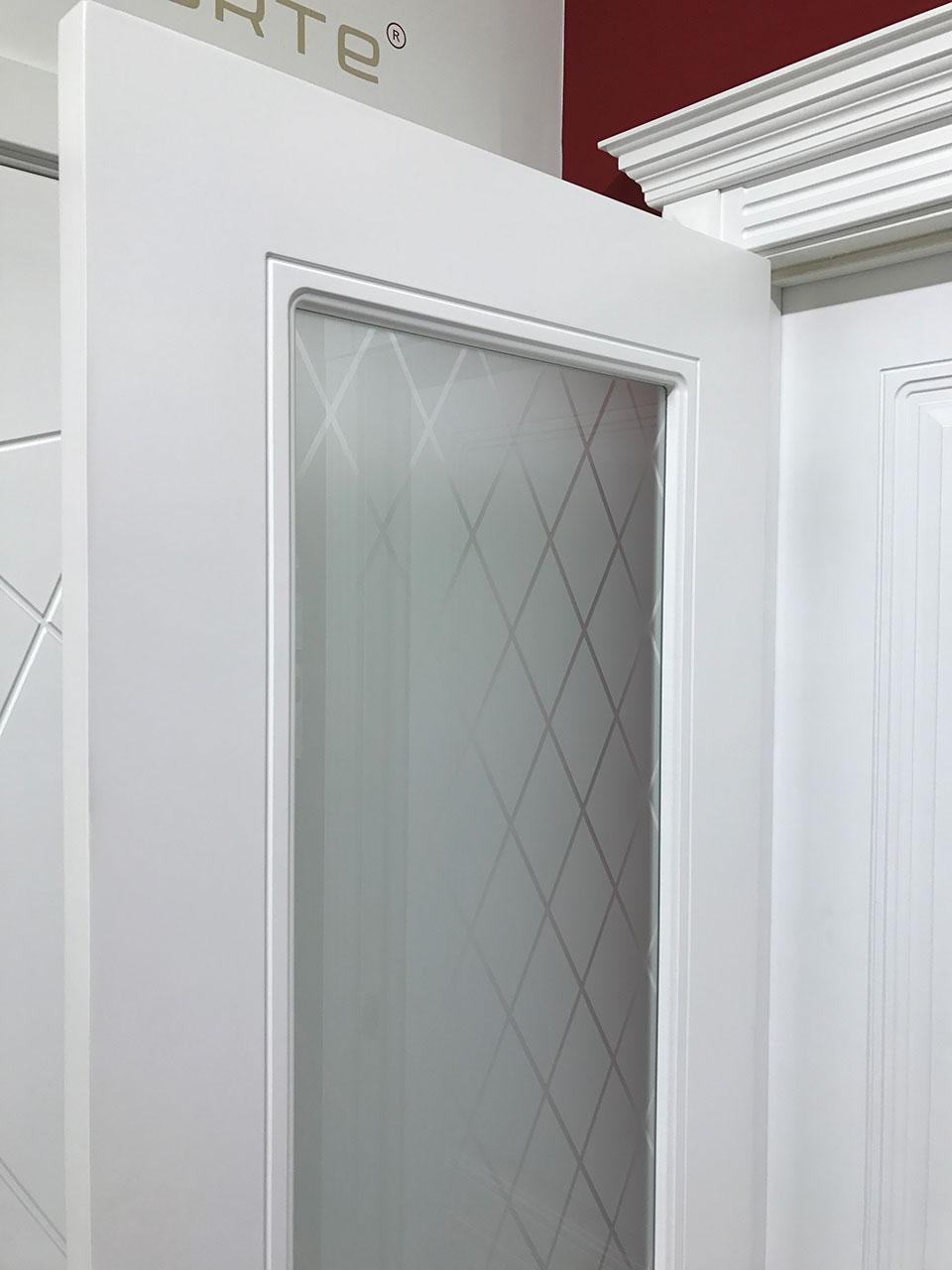 Межкомнатная дверь эмаль «Джаз» (со стеклом)