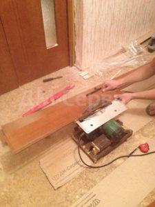 установка доборов шпонированных дверей