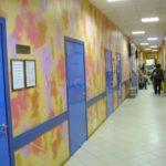 двери синего цвета облицованные пластиком CPL