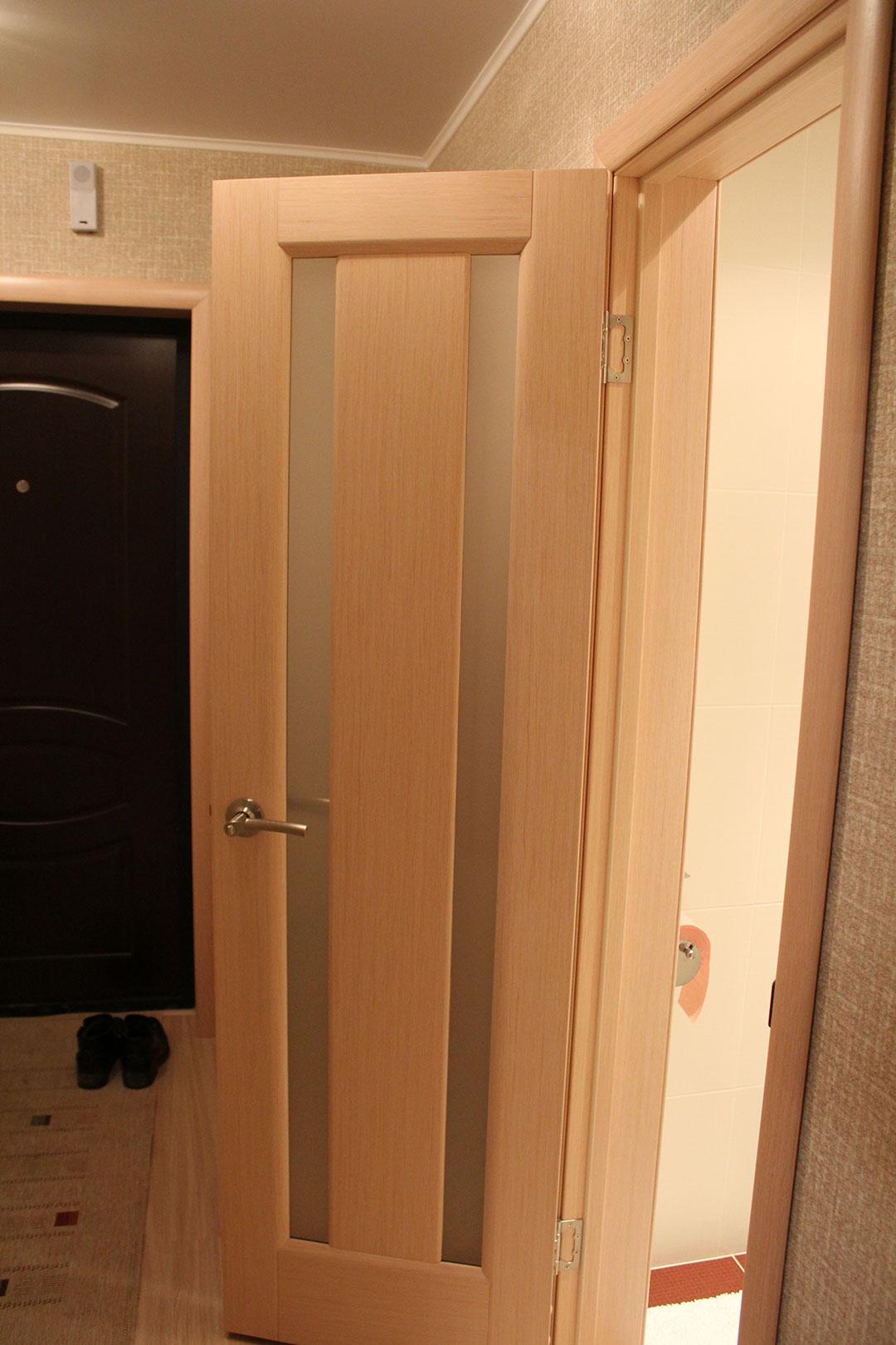 Шпонированная дверь для туалета